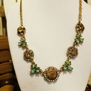 Jewelry - NWOT💍Vintage Inspired💍Bling-filled Necklace